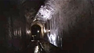 medieval-gong-tunnel