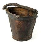 medieval-poo-pee-bucket