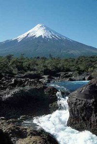 chile-landscape-volcano-waterfalls