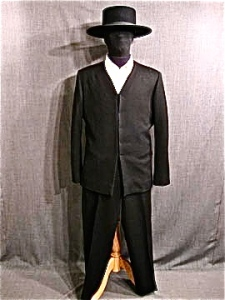 amish-mens-suit