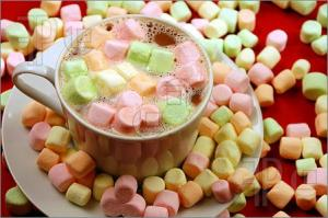 hot-chocolate-with-rainbow-marshmallows
