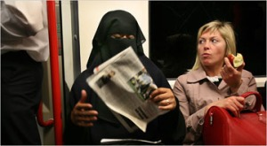western-woman-reacts-to-veiled-muslim-woman