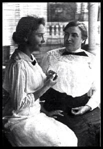 helen-keller-with-anne-sullivan