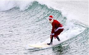 santa-surfing