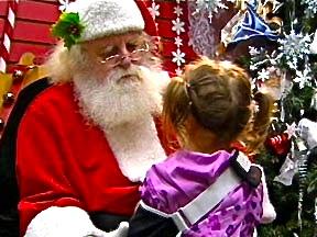 santa-with-schoolchild