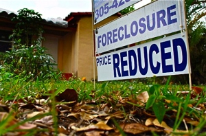 foreclosure-sign-on-home