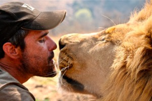 kevin-richarson-with-lion