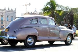 sylverblaque-cuba-1940's-car