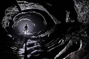 kid-in-dark-cave