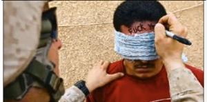 american-defacing-iraqi
